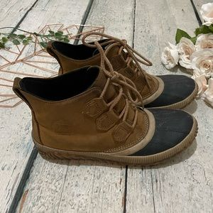 Sorel 8 Out N about duck boots ankle leather saddle brown waterproof rubber snow